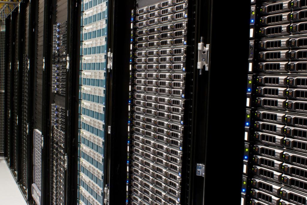 Servers-8055_08